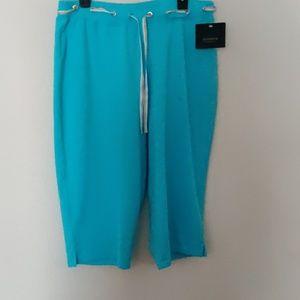Liz Claiborne Knit Capri Pants NWT